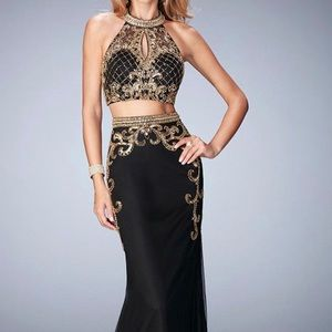 Luxury Formal Prom Dress- Black And Gold